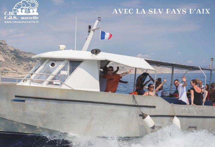 Balade en mer dans les calanques avec la Slv Pays d'Aix