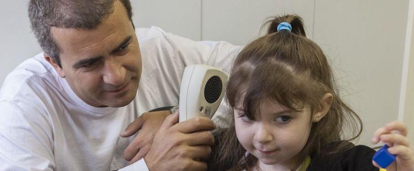 Troubles auditifs : <br/>Faites dépister vos enfants.