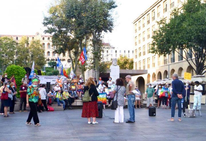 Les voiles de la Paix à Marseille