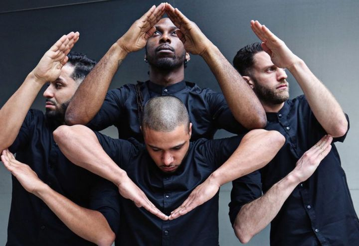 Danse : Golden Stage tour
